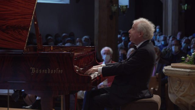 Sir András Schiff plays Beethoven – Part 2