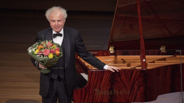 Sir András Schiff plays Beethoven – Part 3